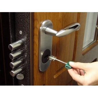 Как правильно подобрать замок для двери?